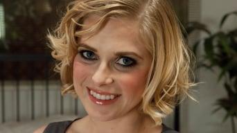 Penny Pax in 'Peeping Tom gets Revenge on Busty Blonde'