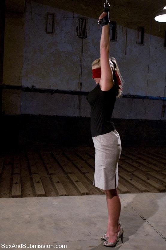 Kink 'Ball and Chain' starring Phoenix Marie (Photo 9)