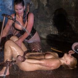 Phoenix Marie in 'Kink' Part 2: Wet Stalkings (Thumbnail 15)