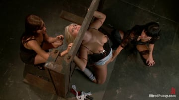 Princess Donna Dolore - Blonde Meat Double Teamed