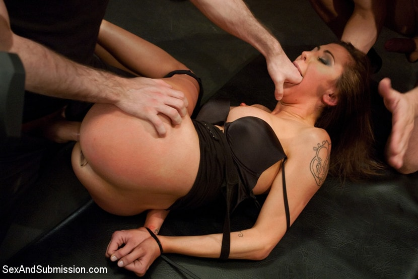 Kink 'Princess Donna Destroyed!!!' starring Princess Donna Dolore (Photo 5)