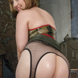 Proxy Paige in 'Kink' Lea Lexis give anal Queen Proxy Paige the stretch of a lifetime (Thumbnail 17)