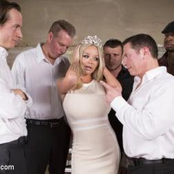 Rachele Richey in 'Kink' Miss Texas America, Stripped! (Thumbnail 2)
