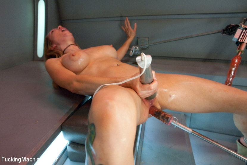 Kink 'Double Penetration Warm-up: Machine Fucking at 1 Million Percent' starring Rain DeGrey (photo 5)