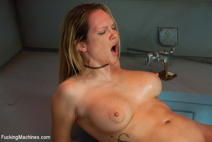 Kink 'Double Penetration Warm-up: Machine Fucking at 1 Million Percent' starring Rain DeGrey (photo 11)