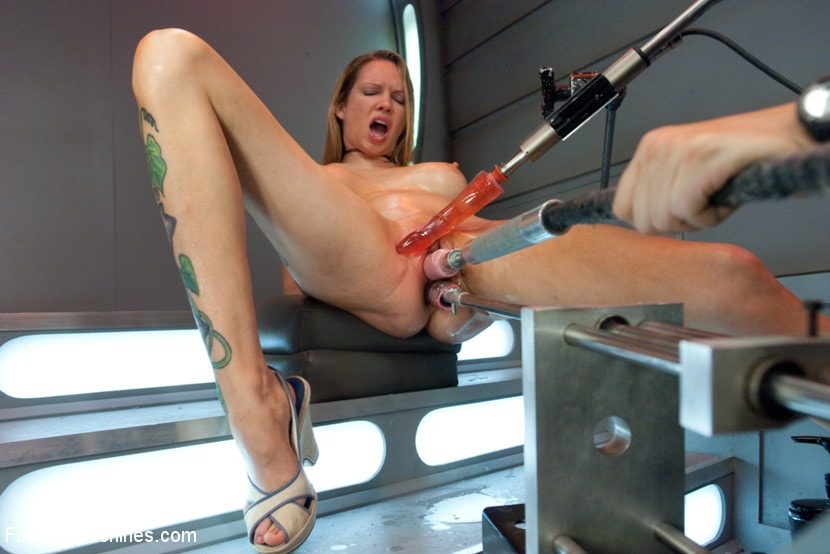 Kink 'Double Penetration Warm-up: Machine Fucking at 1 Million Percent' starring Rain DeGrey (photo 12)