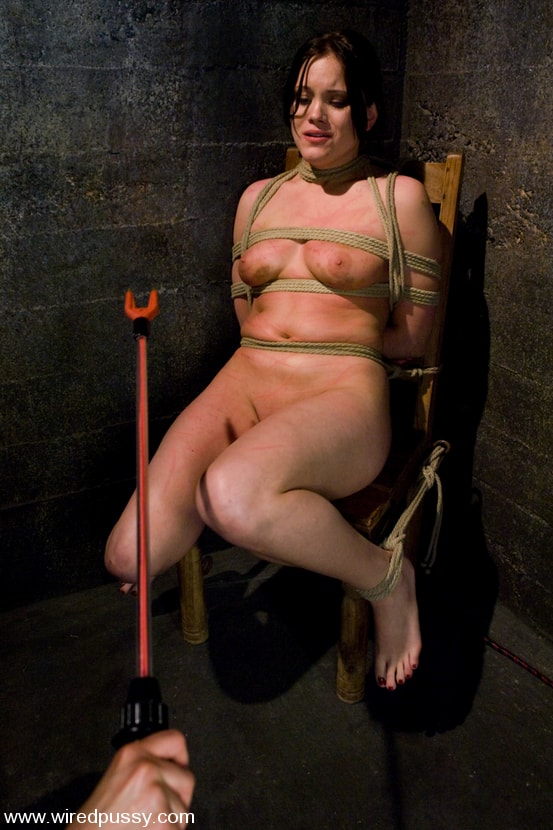 Kink 'and Princess Donna Dolore' starring Raina Verene (Photo 12)