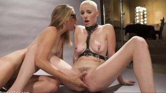 Riley Nixon に 'Pervyフォトグラファー:Hot babe bound、spanked、anally strap-on fucked!'