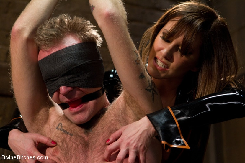 Kink 'Ode to Men In Pain Part 2: The Madeline Era' starring Riley Vlcek (Photo 12)