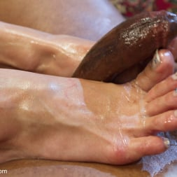 Lea Lexis in 'Kink' Exotic Foot Worship With Goddess Lea (Thumbnail 15)