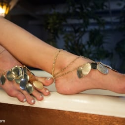 Lea Lexis in 'Kink' Exotic Foot Worship With Goddess Lea (Thumbnail 18)