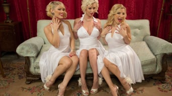 Cherry Torn in 'Six Feet Of Marilyn'