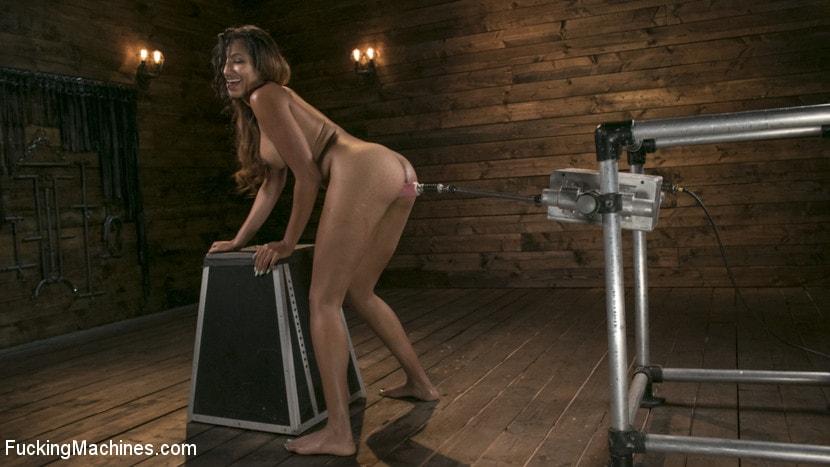 Kink 'Tall and Long-Legged Latin Goddess Gets Machine-Fucked!!' starring Sadie Santana (Photo 3)