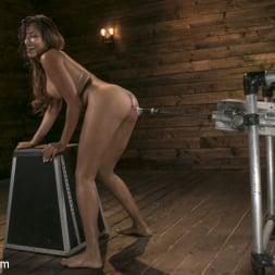 Sadie Santana in 'Kink' Tall and Long-Legged Latin Goddess Gets Machine-Fucked!! (Thumbnail 3)