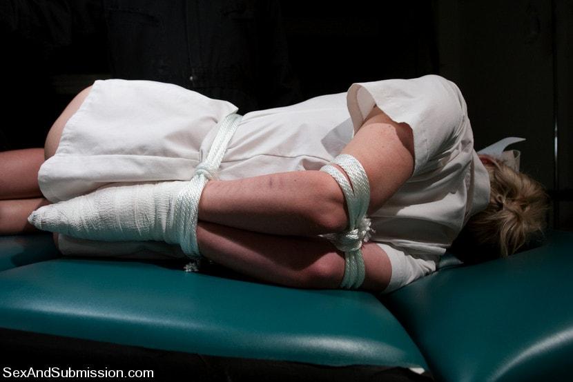Kink 'Nurse Sin' starring Samantha Sin (Photo 7)