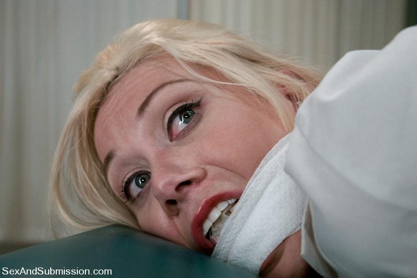 Kink 'Nurse Sin' starring Samantha Sin (Photo 18)