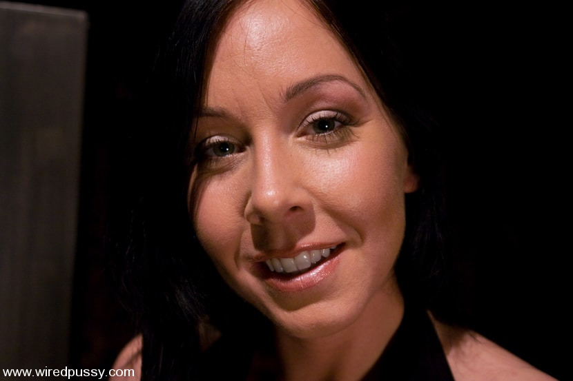 Kink 'Julie Night' starring Sandra Romain (Photo 1)
