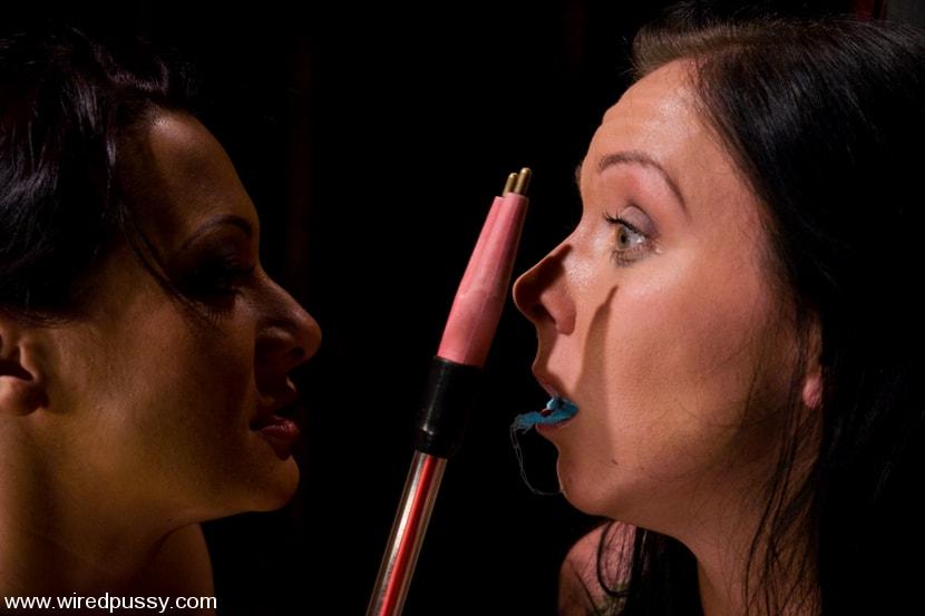 Kink 'Julie Night' starring Sandra Romain (Photo 3)