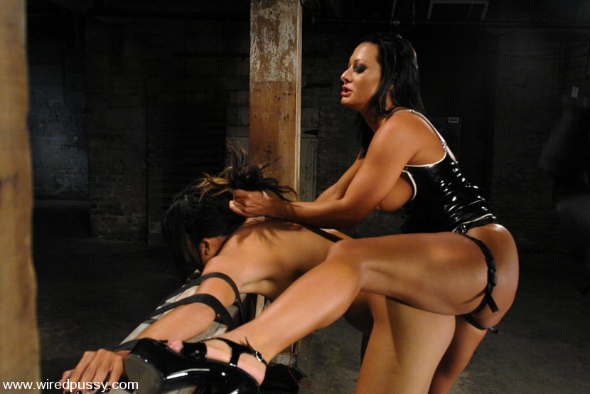 Kink 'Keeani Lei and Sandra Romain' starring Sandra Romain (Photo 10)