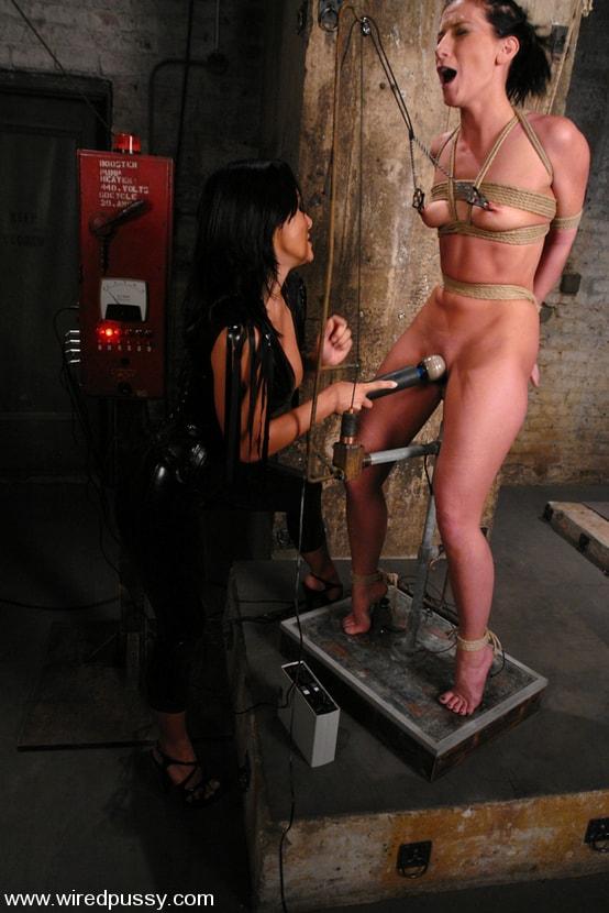 Kink 'and Ariel X' starring Sandra Romain (Photo 6)