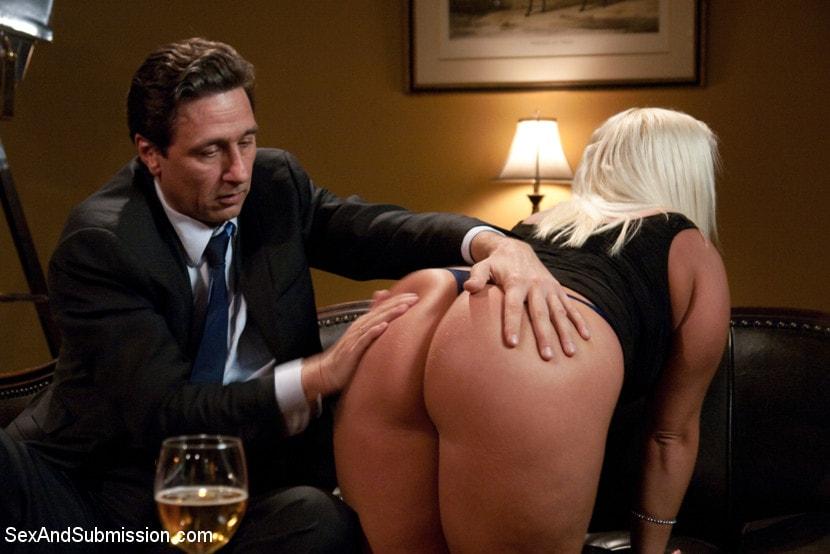 Kink 'Wife Swap' starring Sara Jay (Photo 20)