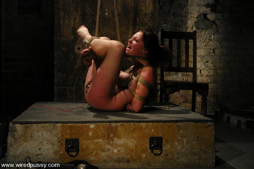 Kink 'Sara Scott' starring Sara Scott (Photo 6)