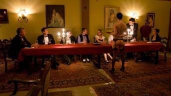Satine Phoenix に '最初の晩餐、第2部'