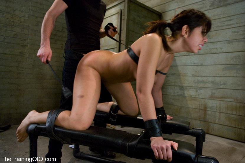 Kink 'The Training of Satine Phoenix, Day One' starring Satine Phoenix (Photo 12)
