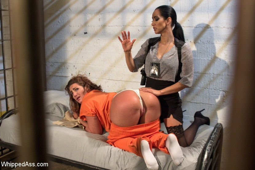 Kink 'Sadistic Lesbian Prison: Squirting, anal and fisting!' starring Savannah Fox (photo 9)