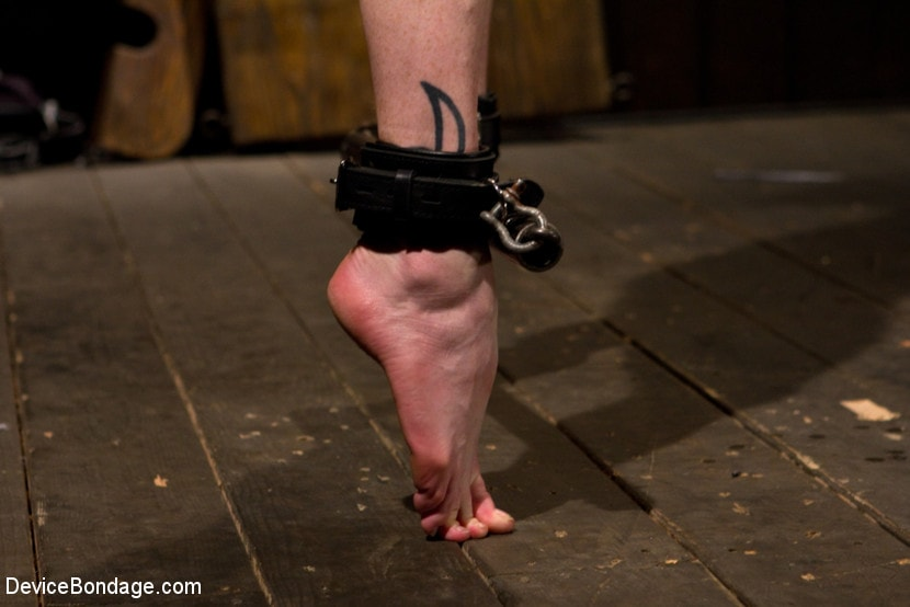 Kink 'Your Suffering Is a Turn On.' starring Scarlet Faux (Photo 9)