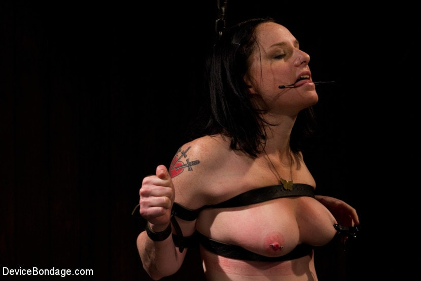 Kink 'Your Suffering Is a Turn On.' starring Scarlet Faux (Photo 10)