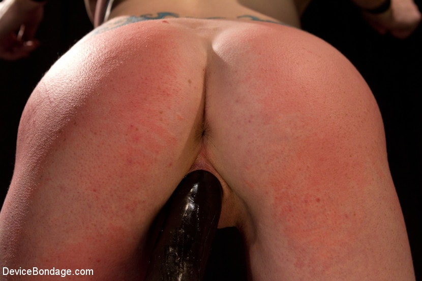 Kink 'Your Suffering Is a Turn On.' starring Scarlet Faux (Photo 11)