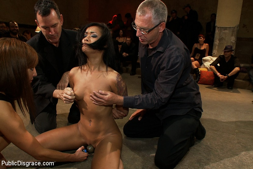Kink 'Beautiful Fetish Model is Pushed to her Limits and Pounded Hard in the Ass' starring Skin Diamond (photo 14)