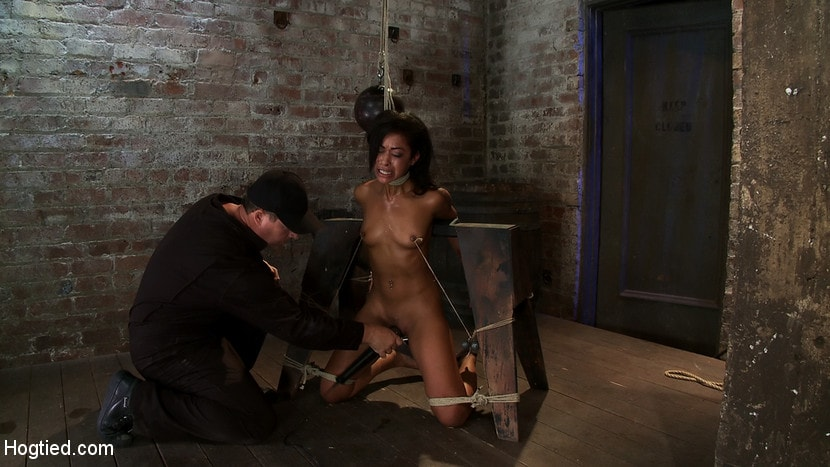 Kink 'Brutal breath play and massive orgasms take this one to the edge of consciousness A sweaty mess.' starring Skin Diamond (Photo 7)
