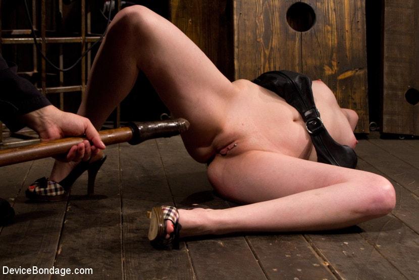 Kink 'Pussy Punishment' starring Sloane Soleil (Photo 10)