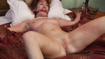 Sophia Locke in 'The Collectors'