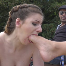 Stella Cox in 'Kink' Loves Getting Fucked In Public (Thumbnail 6)