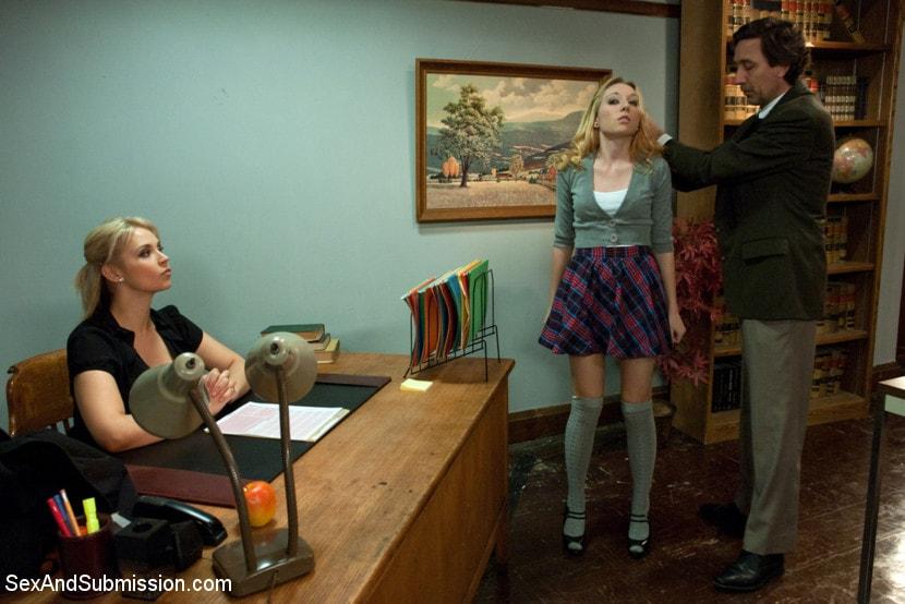 Kink 'The Good Old Methods' starring Sarah Vandella (Photo 13)