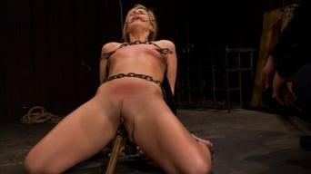 Tara Lynn Foxx in 'Pretty Pink Pain.'