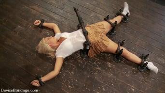 Tara Lynn Foxx in 'Tara Lynn Fox GENESIS'