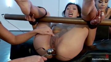 Tia Ling - Little Electro Anal Slut!