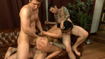 Beretta James in 'I'm Your Biggest Fan: Paparazzi Gangbang'