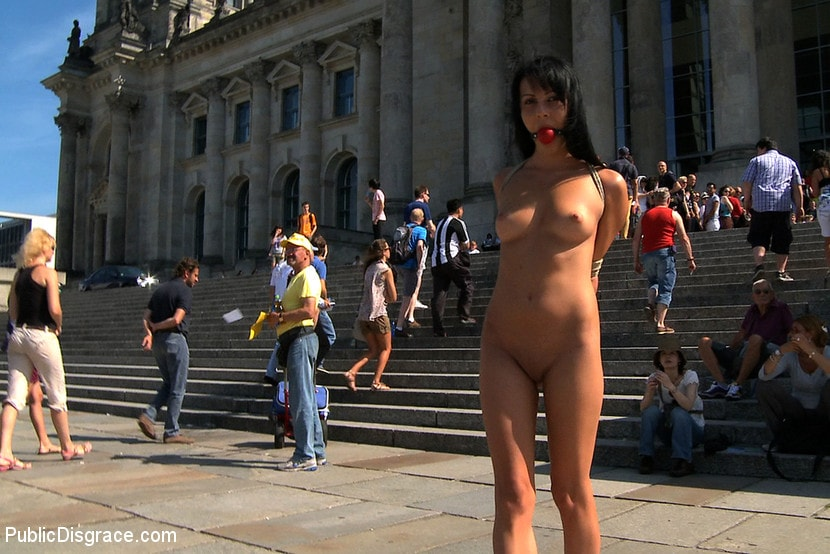 Kink 'Take me to the Streets' starring Felicia (Photo 1)