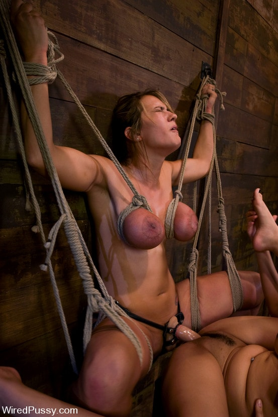 Kink 'gets her huge tits tied and wired!' starring Trina Michaels (Photo 10)