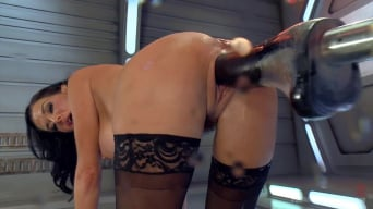Veronica Avluv in 'Big Titted Anal Milf Squirts Everywhere'
