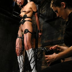 Veronica Jett in 'Kink' Veronica Jett (Thumbnail 9)