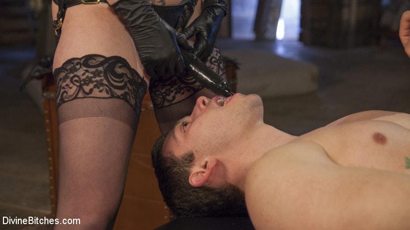 Kink 'Presents: Divine Pet Obedience Training 101' starring Veruca James (Photo 13)