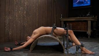 Yasmine de Leon in 'Bad Girl Rehab'